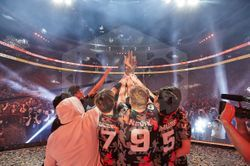 파일:2019-Grand-Finals-170856-San-Francisco-Shock-Wins-Robert-Paul.jpg