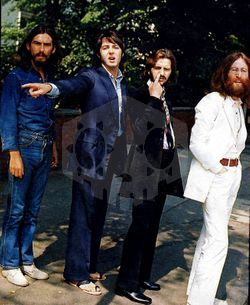 파일:Beatles.1969.May.jpg
