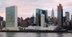 파일:United_Nations_Headquarters_in_New_York_City,_view_from_Roosevelt_Island.jpg