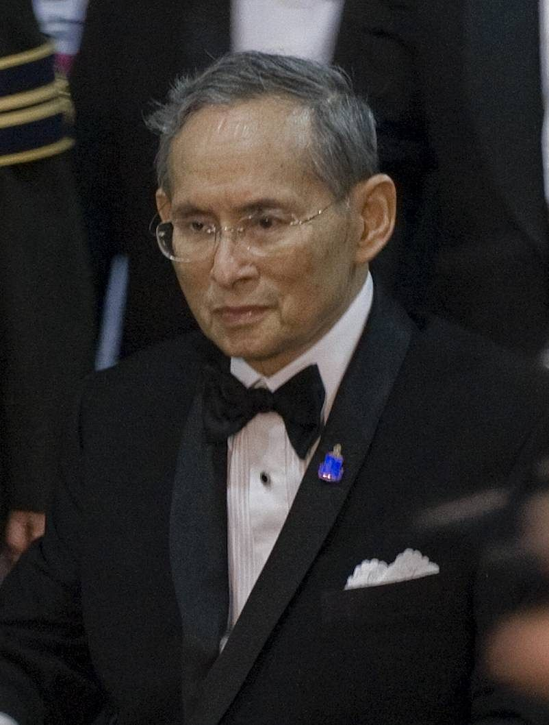 파일:external/photos.geni.com/bhumibol_adulyadej_original.jpg