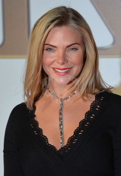 파일:external/img.over-blog-kiwi.com/ob_28e066_samantha-womack.jpg