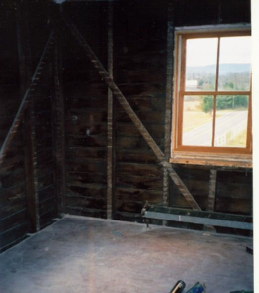 파일:external/www.emmitsburg.net/bedroom.jpg