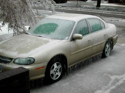 파일:external/upload.wikimedia.org/Car_Ice_Storm.jpg