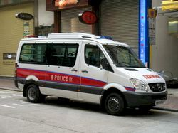 파일:external/upload.wikimedia.org/Police_Patrol_Car_AM6800.jpg
