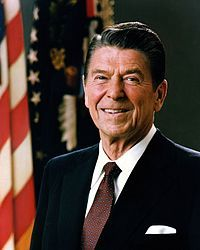 파일:external/upload.wikimedia.org/200px-Official_Portrait_of_President_Reagan_1981.jpg
