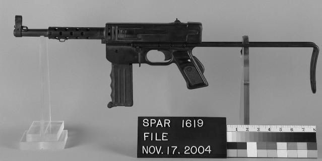 파일:external/upload.wikimedia.org/MAT_Submachine_Gun.jpg