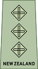 파일:external/upload.wikimedia.org/80px-NZ_Army_OF-2.svg.png