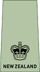 파일:external/upload.wikimedia.org/80px-NZ_Army_OF-3.svg.png