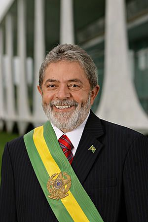 파일:external/upload.wikimedia.org/300px-Lula_-_foto_oficial05012007_edit.jpg