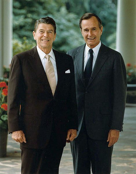 파일:external/upload.wikimedia.org/469px-Official_portrait_of_President_Reagan_and_Vice_President_Bush_1981.jpg