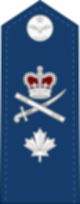 파일:external/upload.wikimedia.org/80px-Canadian_RCAF_%28shoulder%29_OF-6.svg.png