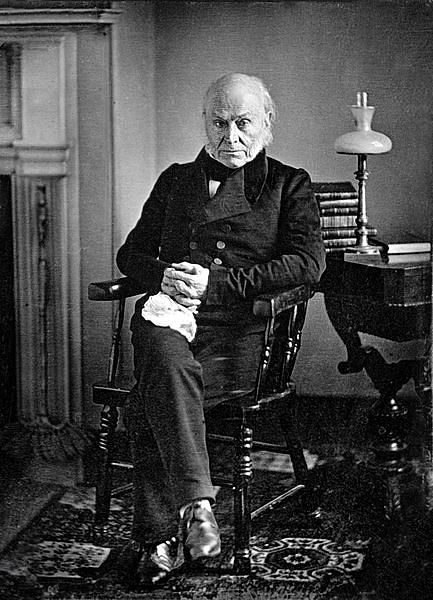 파일:external/upload.wikimedia.org/433px-John_Quincy_Adams_-_copy_of_1843_Philip_Haas_Daguerreotype.jpg