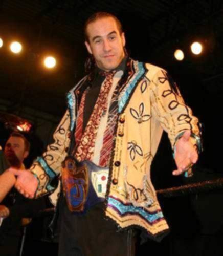 파일:external/www.allwrestlingsuperstars.com/Superstar-Claudio-Castagnoli-In-Ring1.jpg