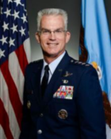 파일:external/i0.wp.com/220px-General_Paul_J._Selva%2C_USAF_%28VJCS%29.jpg
