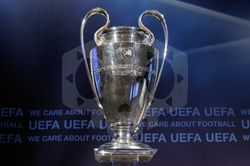 파일:external/www.footballhub.tk/champions-league-trophy-hd-wallpaper.jpg