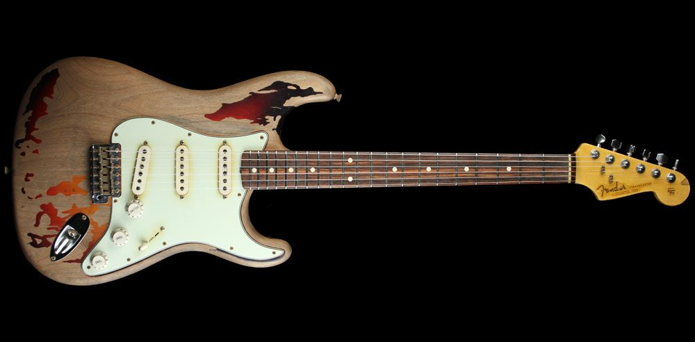 파일:external/www.themusiczoo.com/3560_Rory_Gallagher_Signature_Stratocaster_3_Tone_Sunburst_R63608_a.jpg