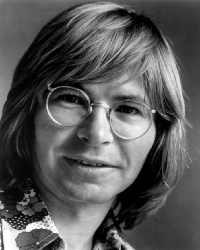 파일:external/images6.fanpop.com/John-Denver-celebrities-who-died-young-36904278-697-873.jpg