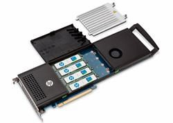 파일:external/www.tomshw.it/hp-z-turbo-drive-quad-pro-open-heat-sync-removed-showing-samsung-ssd-nvme-m-2-ssd-modules-1cb5710e43c7df48cd5851e09efe322db.jpg
