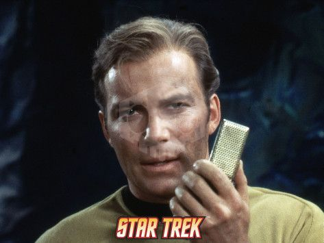 파일:external/it.com.mk/star-trek-the-original-series-captain-kirk-with-a-communicator.jpg