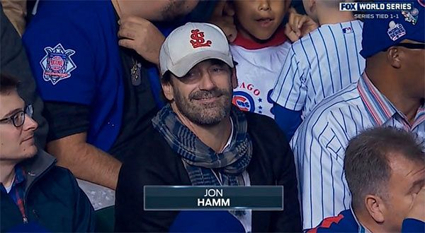 파일:external/pmchollywoodlife.files.wordpress.com/jon-hamm-sticks-out-like-a-sore-thumb-wearing-cardinals-hat-during-cubs-game-at-wrigley-field-ftr.jpg