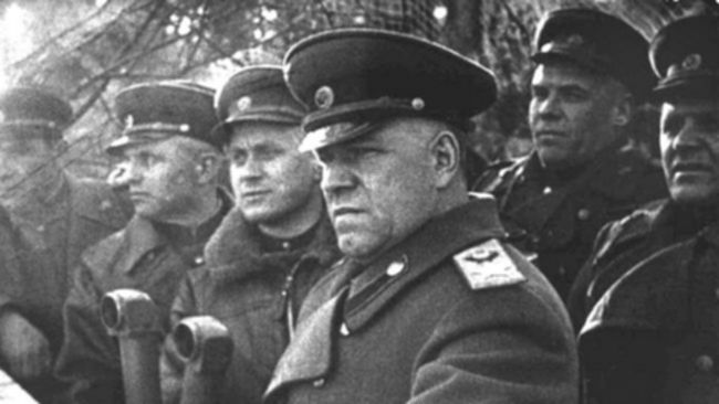 파일:external/resources3.news.com.au/065711-russian-general-georgy-zhukov.jpg