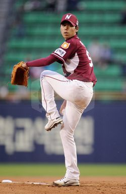 파일:external/www.heroesbaseball.co.kr/1398926365_player_photo.jpg