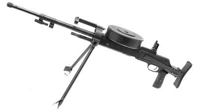 파일:external/www.imfdb.org/400px-DT_Machine_Gun_on_Bipod.jpg