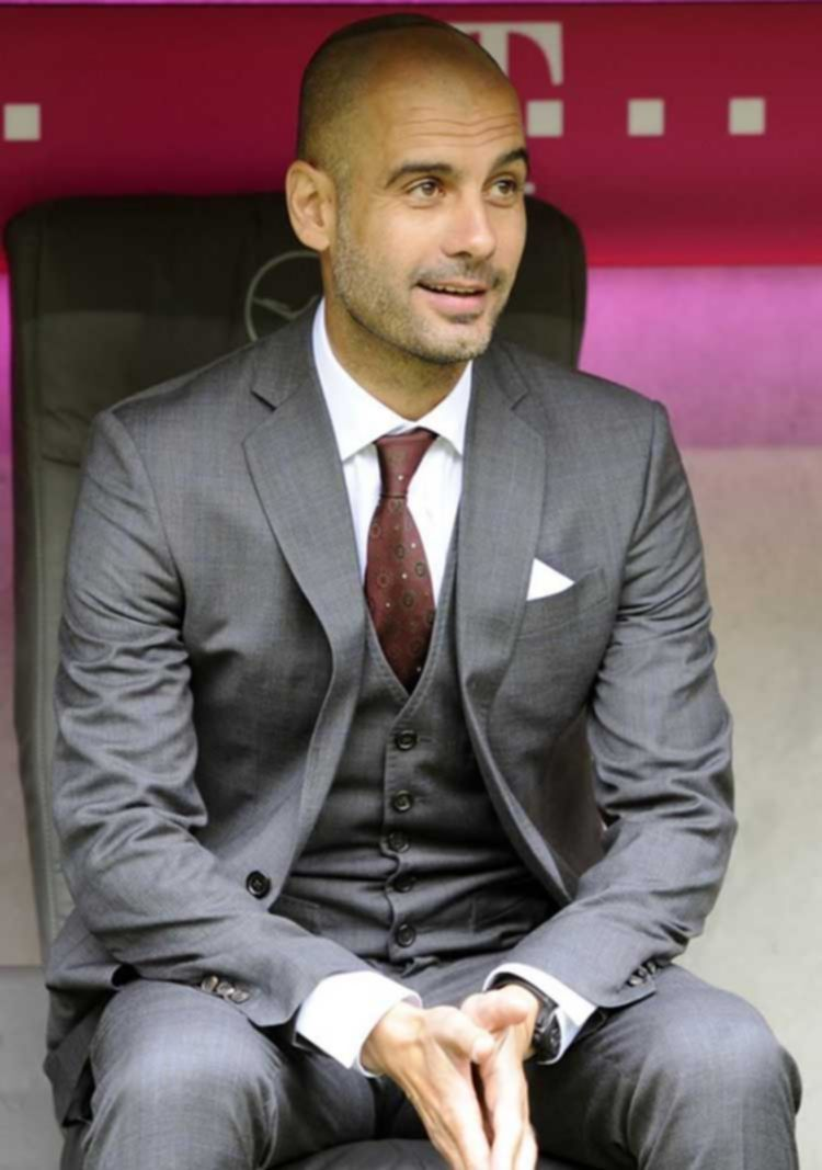 파일:external/sportstylefashion.com/Pep-Guarddiola-Football-Manager-STyle-Icon-1.jpg-greay-suit.jpg