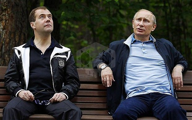 파일:external/i.telegraph.co.uk/Medvedev-Putin_2041971b.jpg