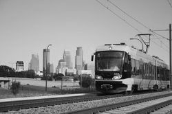 파일:external/www.tpl.org/mn-metro-rail-photocredit-MetroTransit-sm.jpg