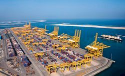 파일:external/business-dubai.com/port-of-jebel-ali.jpg