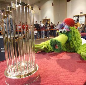 파일:external/philadelphia.phillies.mlb.com/phanatic_276x273c.jpg