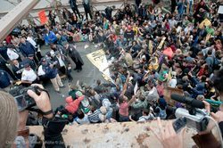 파일:occupywallstreet_arrests_2011_10_01_9.jpg