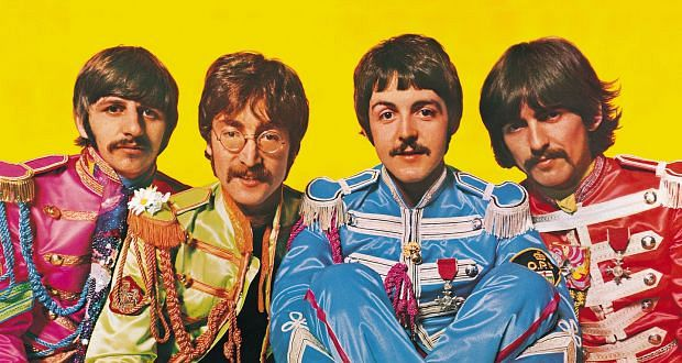 파일:The Beatles (1967) Sgt.Pepper costume.jpg