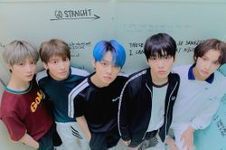 파일:TXT_Sanctuary_Group_05.jpg